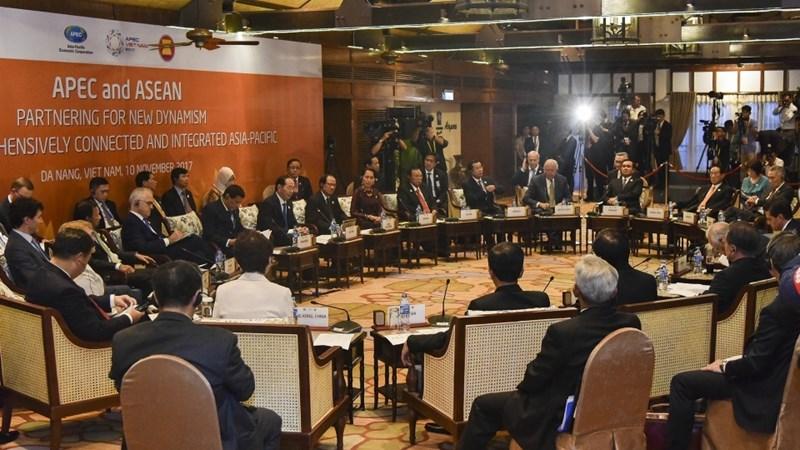 Kết nối chặt chẽ giữa APEC và ASEAN