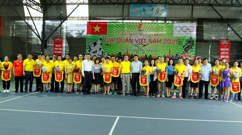 Hơn 150 vận động viên tham gia Giải quần vợt Công đoàn Bộ Tài chính năm 2021