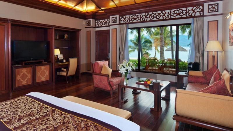 Vinpearl Luxury Nha Trang khách sạn nghỉ dưỡng tốt nhất của năm