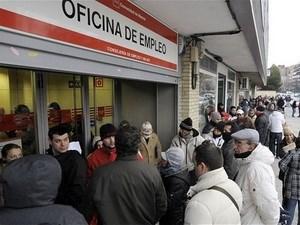 Kinh tế Tây Ban Nha tiếp tục chìm sâu vào suy thoái