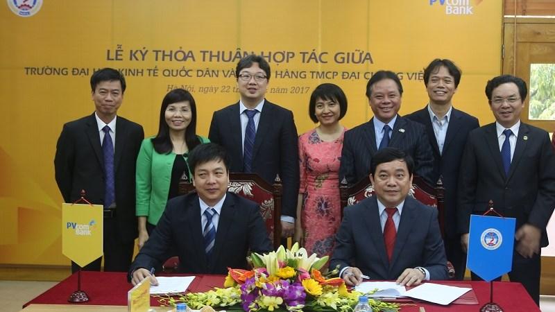 PVcomBank ký thỏa thuận hợp tác với trường Đại học Kinh tế Quốc dân