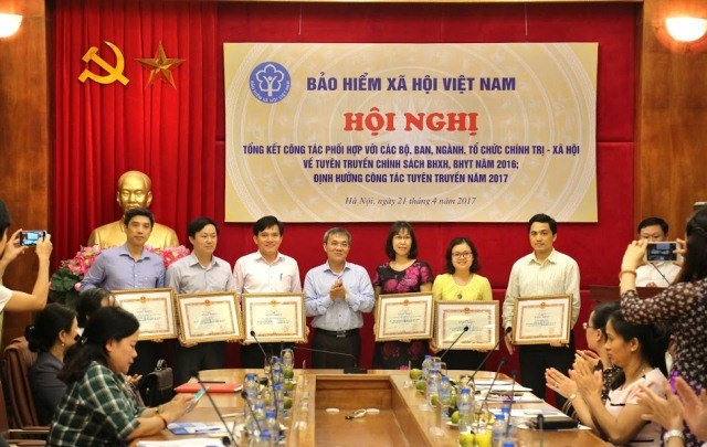 BHXH Việt Nam đẩy mạnh phối hợp tuyên truyền chính sách BHXH, BHYT