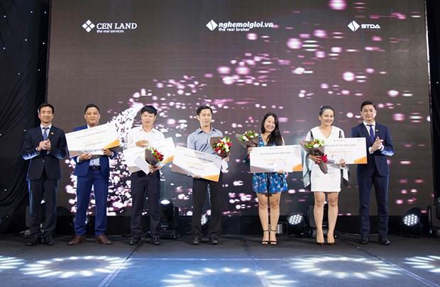 EPS của CENLAND vượt 10.000 đồng nhờ định hướng kinh doanh khác biệt