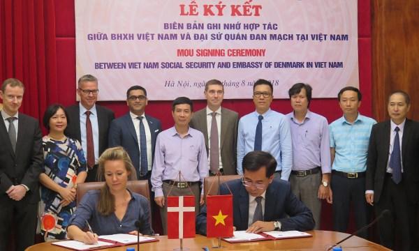 BHXH Việt Nam và Đại Sứ quán Đan Mạch ký kết hợp tác trong lĩnh vực BHYT