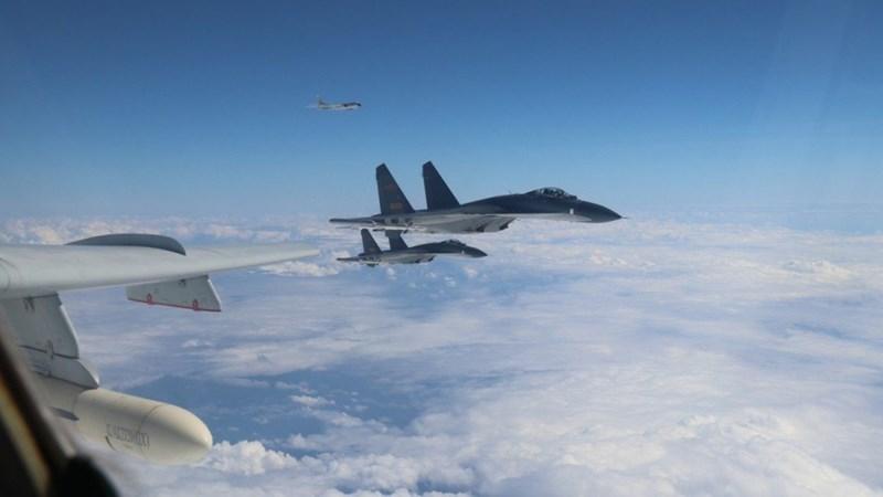 [Video] Trung Quốc công bố video chặn máy bay nước ngoài ở biển Hoa Đông