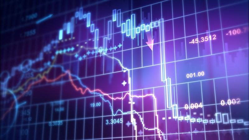 Hoạt động công bố thông tin của công ty đại chúng và vấn đề bảo vệ nhà đầu tư chứng khoán