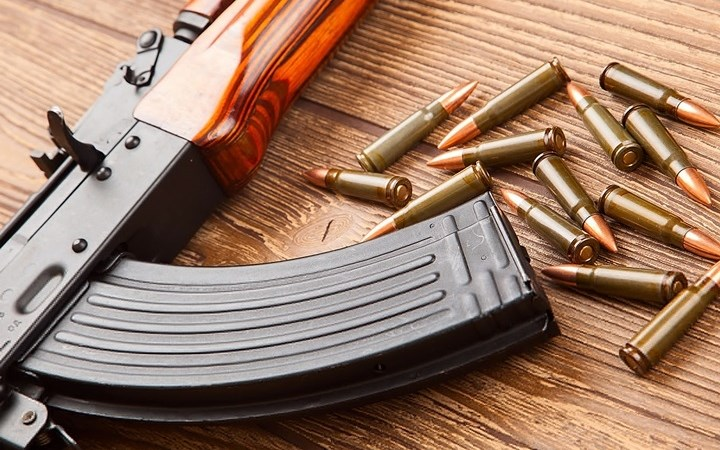 Giải mã bí ẩn màu sắc trên các viên đạn súng AK