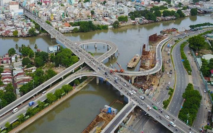 [Video] Những cây cầu có hình dáng mới ở Sài Gòn