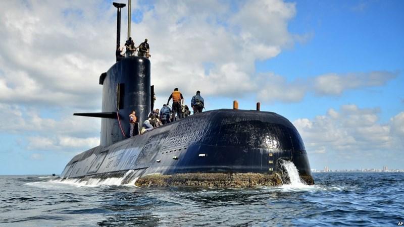 [Video] Giả thuyết về nguyên nhân vụ nổ nghiền nát tàu ngầm Argentina