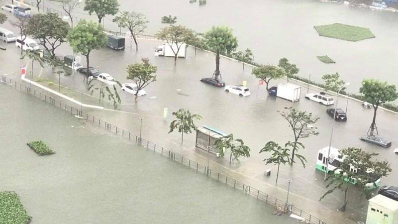 [Video] Ba ngày mưa lũ tàn phá các tỉnh thành miền Trung