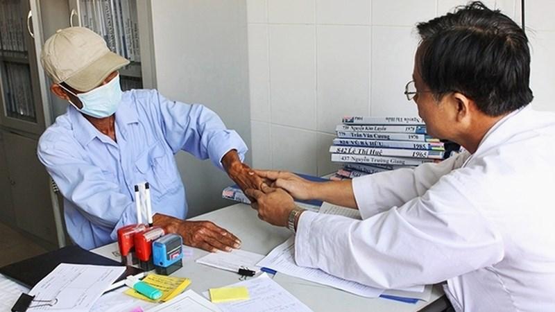 Việt Nam đi đầu dùng bảo hiểm y tế hỗ trợ dịch vụ điều trị HIV
