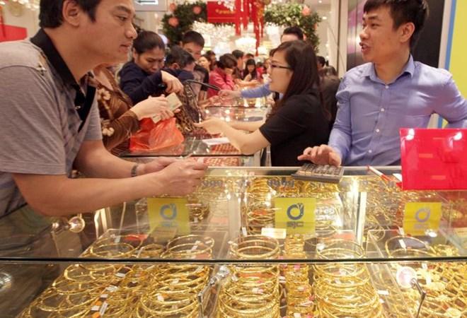 Lợi và hại khi doanh nghiệp huy động vàng trong dân