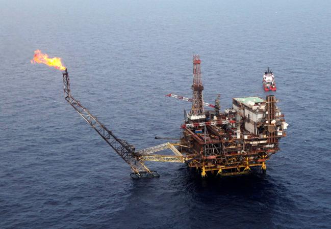 Giá dầu có thể lên 55 USD mỗi thùng nếu OPEC cắt giảm sản lượng
