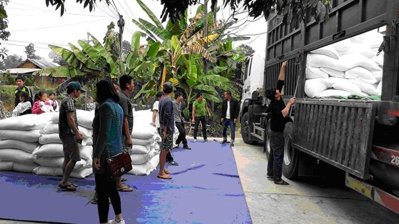 Hỗ trợ gần 1.700 tấn gạo cho nhân dân 2 tỉnh