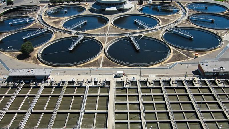 Xây dựng hệ thống xử lý nước thải: Nhiệm vụ cấp bách