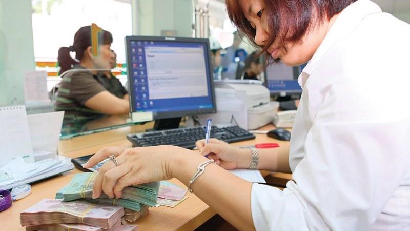 Tập trung xử lý nợ xấu và ngân hàng yếu kém