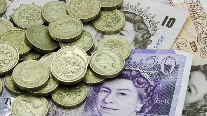 Đồng bảng Anh đối mặt với nhiều bất ổn liên quan đến Brexit