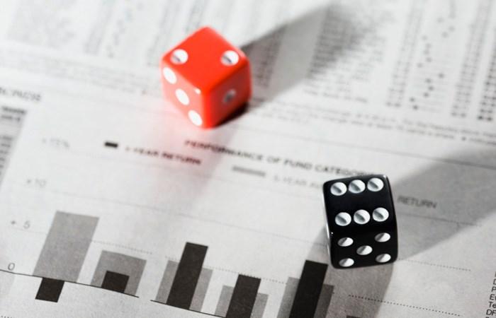 Mô hình đo lường rủi ro tín dụng  tại các doanh nghiệp niêm yết