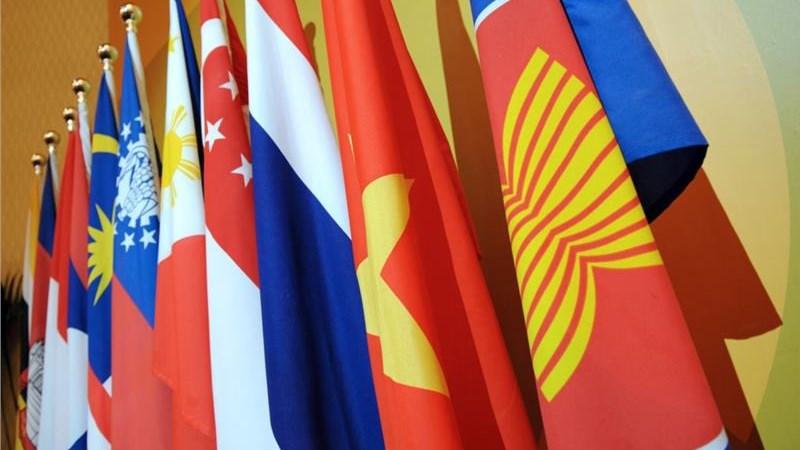 Hoàn thiện hành lang pháp lý của Việt Nam vào Cộng đồng kinh tế ASEAN