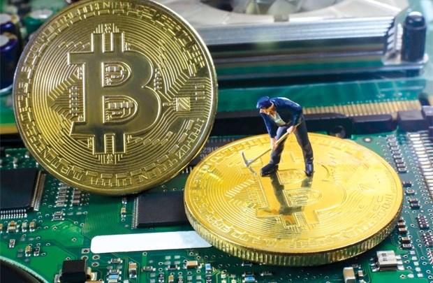 Bitcoin: Tiền ảo, rủi ro thật
