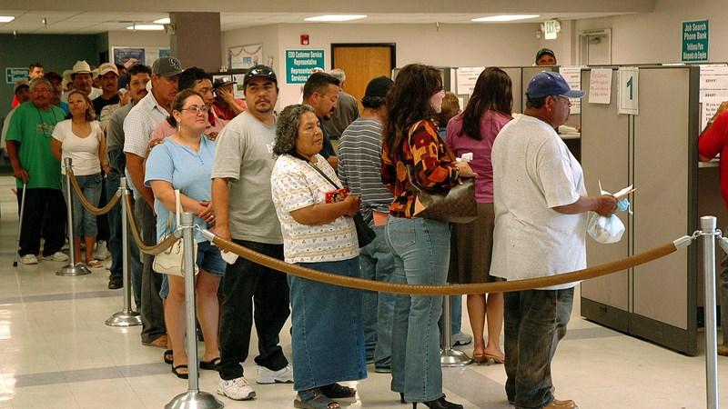 [Infographic] Mỹ: Tỷ lệ thất nghiệp xuống mức thấp nhất trong 16 năm