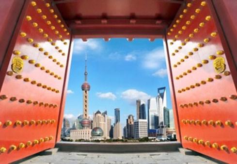 """Trung Quốc: Tiếp tục """"hãm phanh"""" đầu tư ra nước ngoài"""