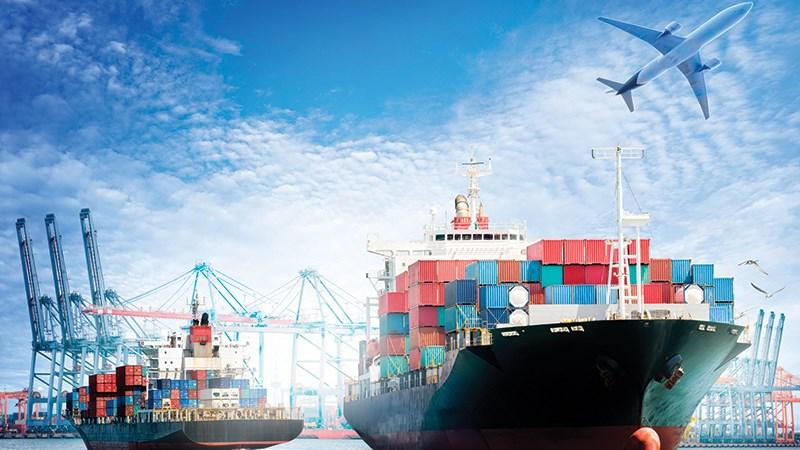 [Infographic] 10 mặt hàng chiếm 71,73% kim ngạch hàng hóa xuất khẩu cả nước
