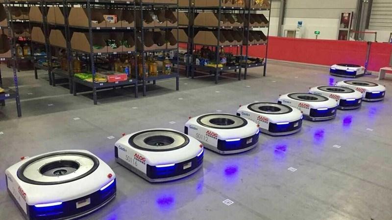 [Video] Nhà kho Alibaba: Robot thay người!
