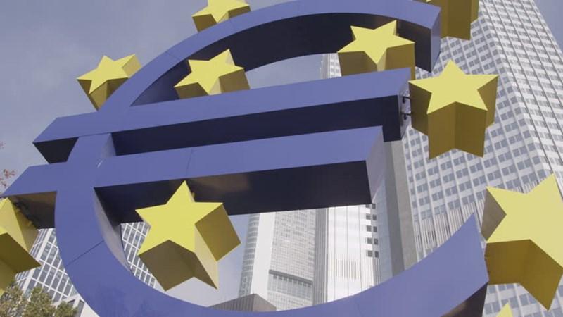 [Infographic] Nhiều nước châu Âu đối mặt với vấn đề nợ xấu
