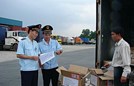 Hải quan: Kiểm soát chặt hoạt động vận chuyển mặt hàng thực phẩm tươi sống