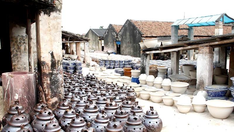 Khám phá làng nghề gốm sứ Đông Triều