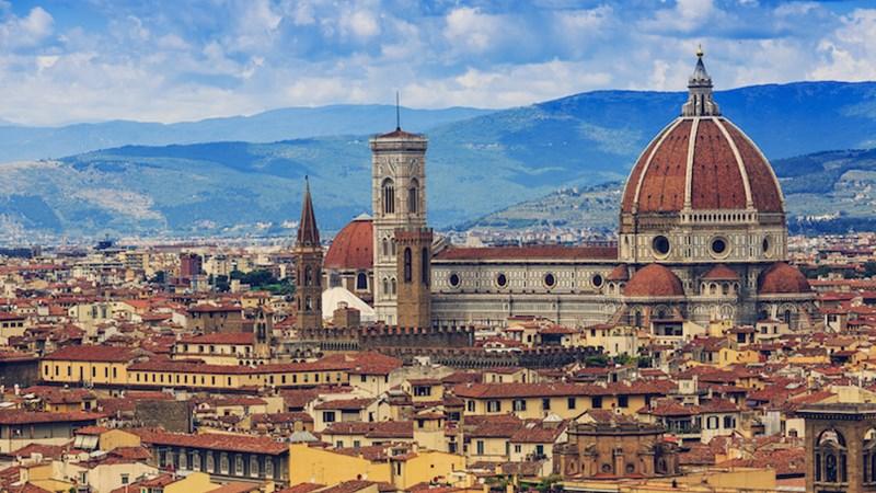 10 nhà thờ phong cách Gothic đẹp nhất châu Âu
