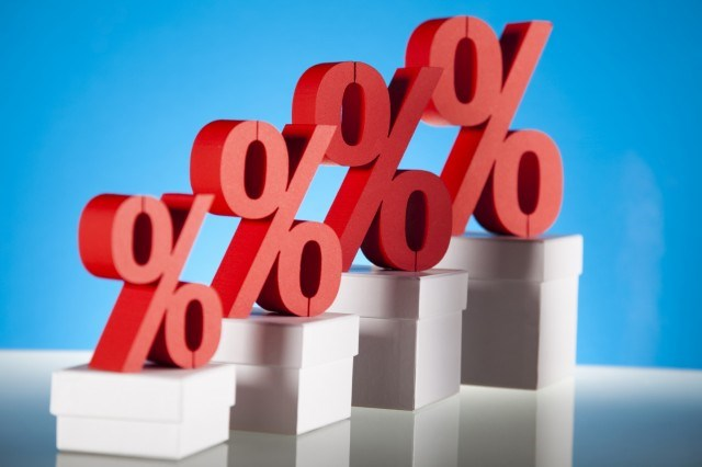 Giải pháp điều hành lãi suất với mục tiêu tăng trưởng kinh tế