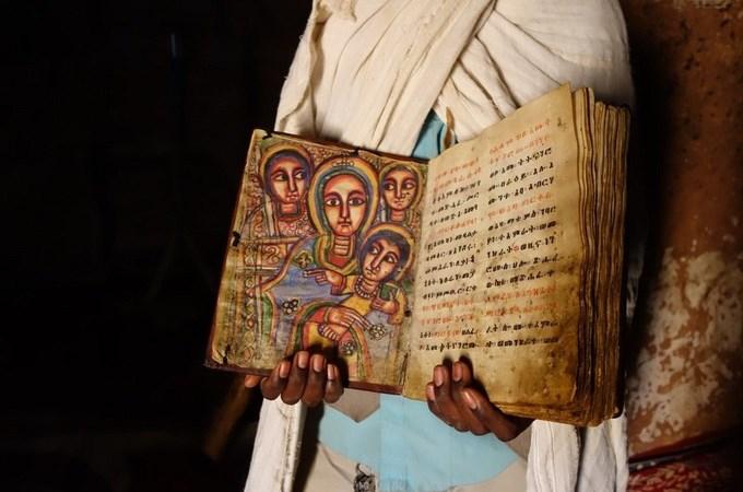 """Những thánh đường """"trên trời"""" của Ethiopia"""