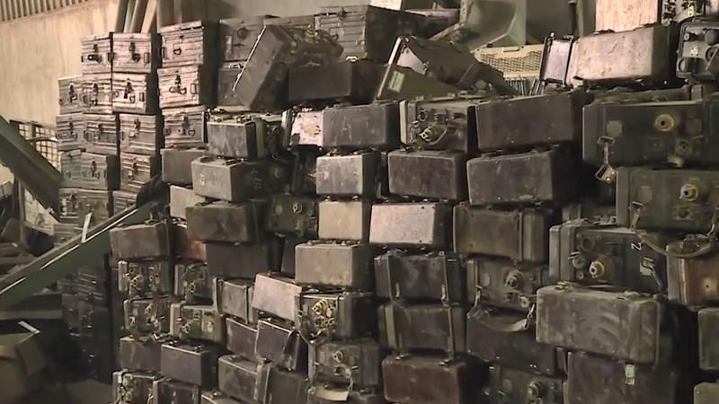 [Video] Phát hiện kho chứa vật liệu nổ thứ 2 tại làng Quan Độ