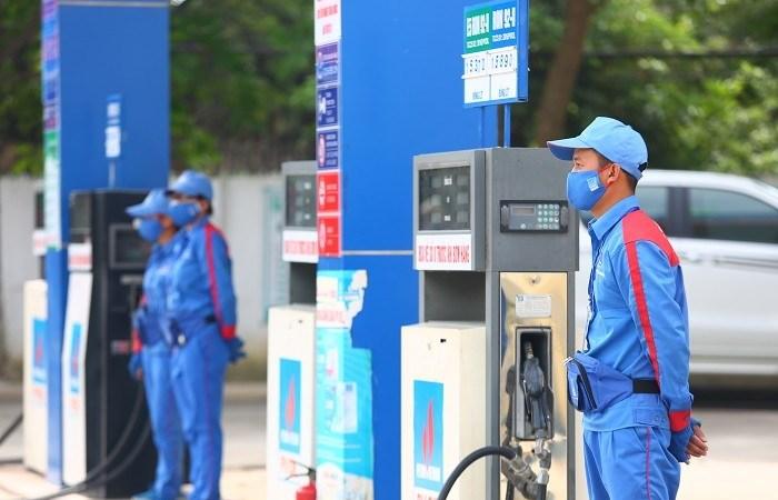 Phó Thủ tướng đề nghị công bố giá cơ sở các mặt hàng xăng dầu
