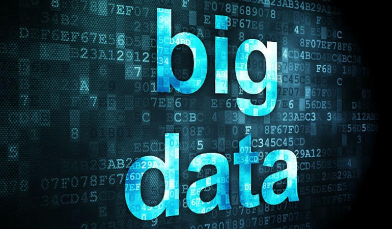 Hoạt động giám sát giao dịch với dữ liệu lớn