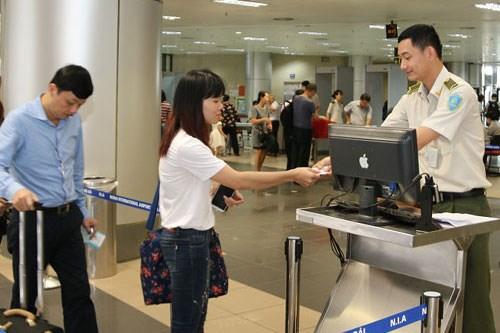 Có 14 loại giấy tờ tùy thân được sử dụng đi máy bay theo quy định mới