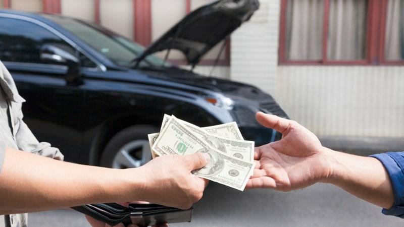 Những lái xe vô tình giúp sếp nhận tiền tham ô
