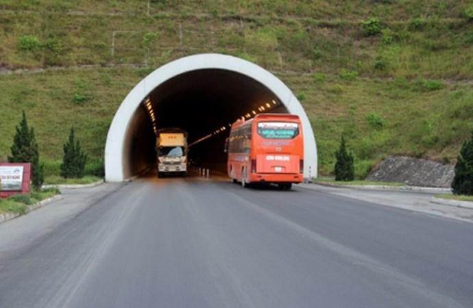Giá dịch vụ sử dụng hầm đường bộ tối đa 288.000 đồng/vé/lượt