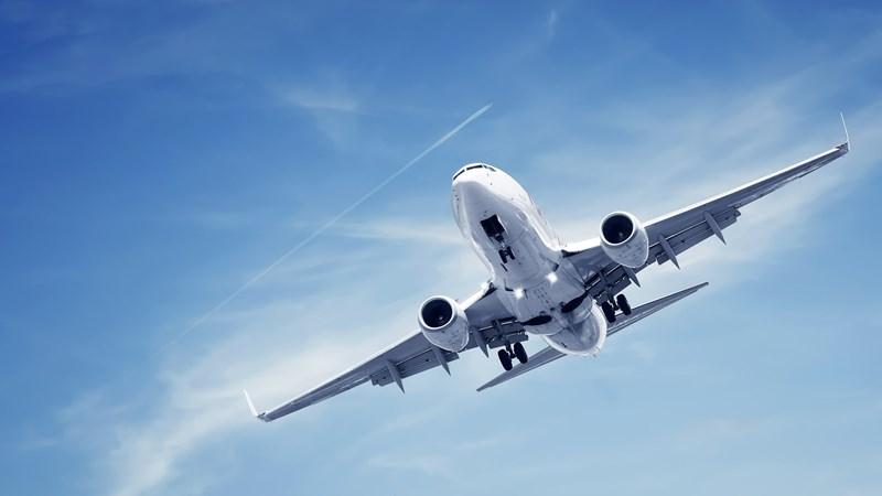 [Video] Tại sao hành khách bị hút ra ngoài khi cửa sổ máy bay vỡ?