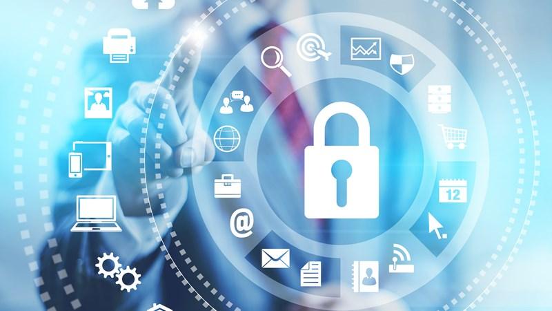 """An ninh mạng: Cần """"tấm khiên"""" pháp lý"""
