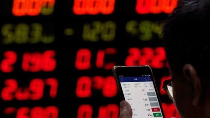 """Trung Quốc lo xảy ra """"cơn hoảng loạn tài chính"""""""