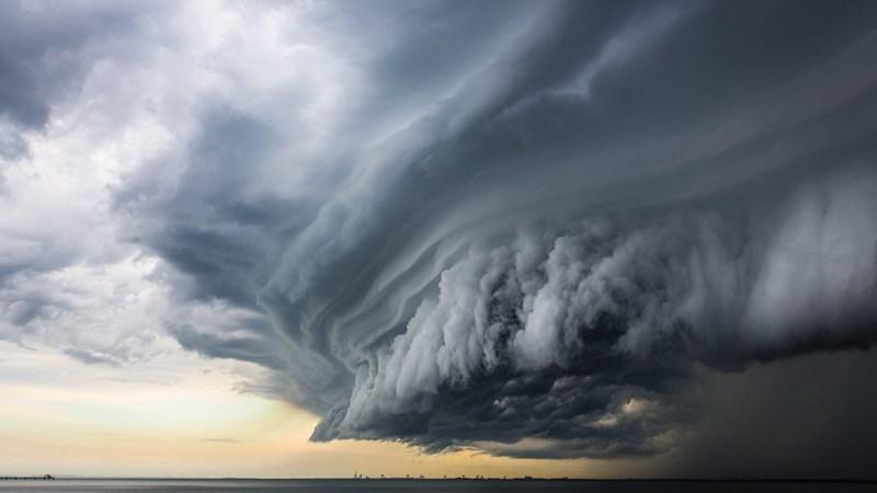 [Video] Đường đi của bão Sơn Tinh với sức gió tới 75km/h