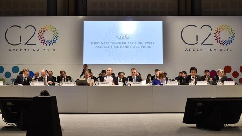 Căng thẳng thương mại và địa chính trị có thể gây rủi ro cho tăng trưởng toàn cầu