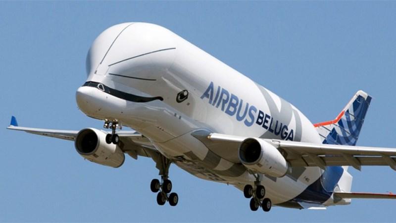 """[Video] """"Cá voi bay"""" khổng lồ của Airbus thực hiện chuyến bay đầu tiên"""