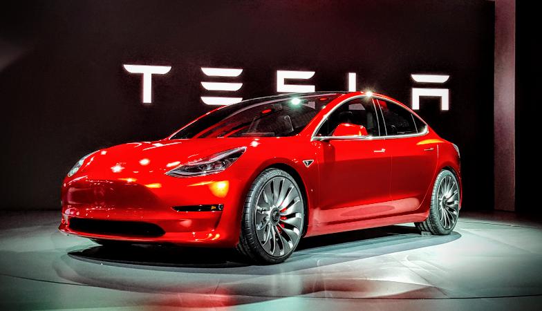 [Video] Lý do nào khiến Tesla vẫn chưa được xem là hãng sản xuất ôtô?