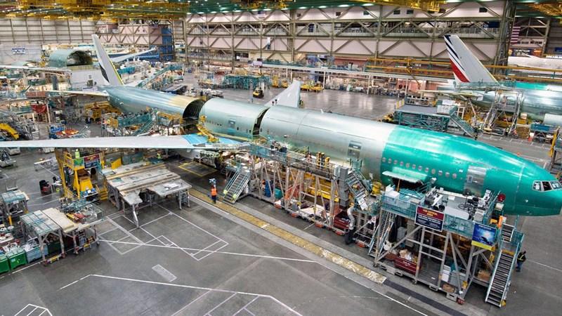 """[Video] """"Mục sở thị"""" nhà máy sản xuất máy bay lớn nhất thế giới của Boeing"""