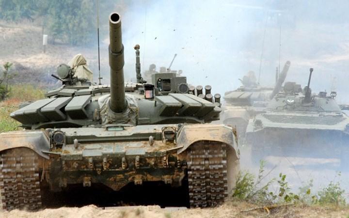 Chiêm ngưỡng sức mạnh đáng gờm của xe tăng Nga T-72B3