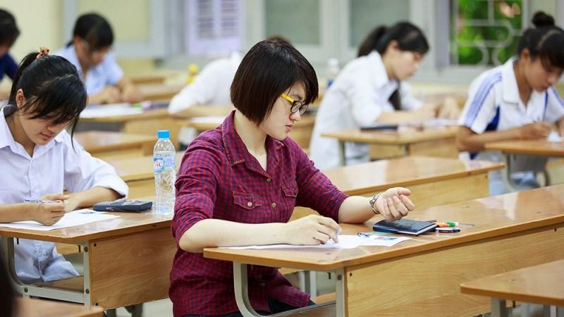 [Infographic] Lịch sử thi tốt nghiệp và đại học của Việt Nam